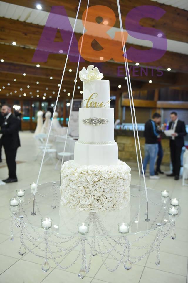 Free Standing Cake Stand